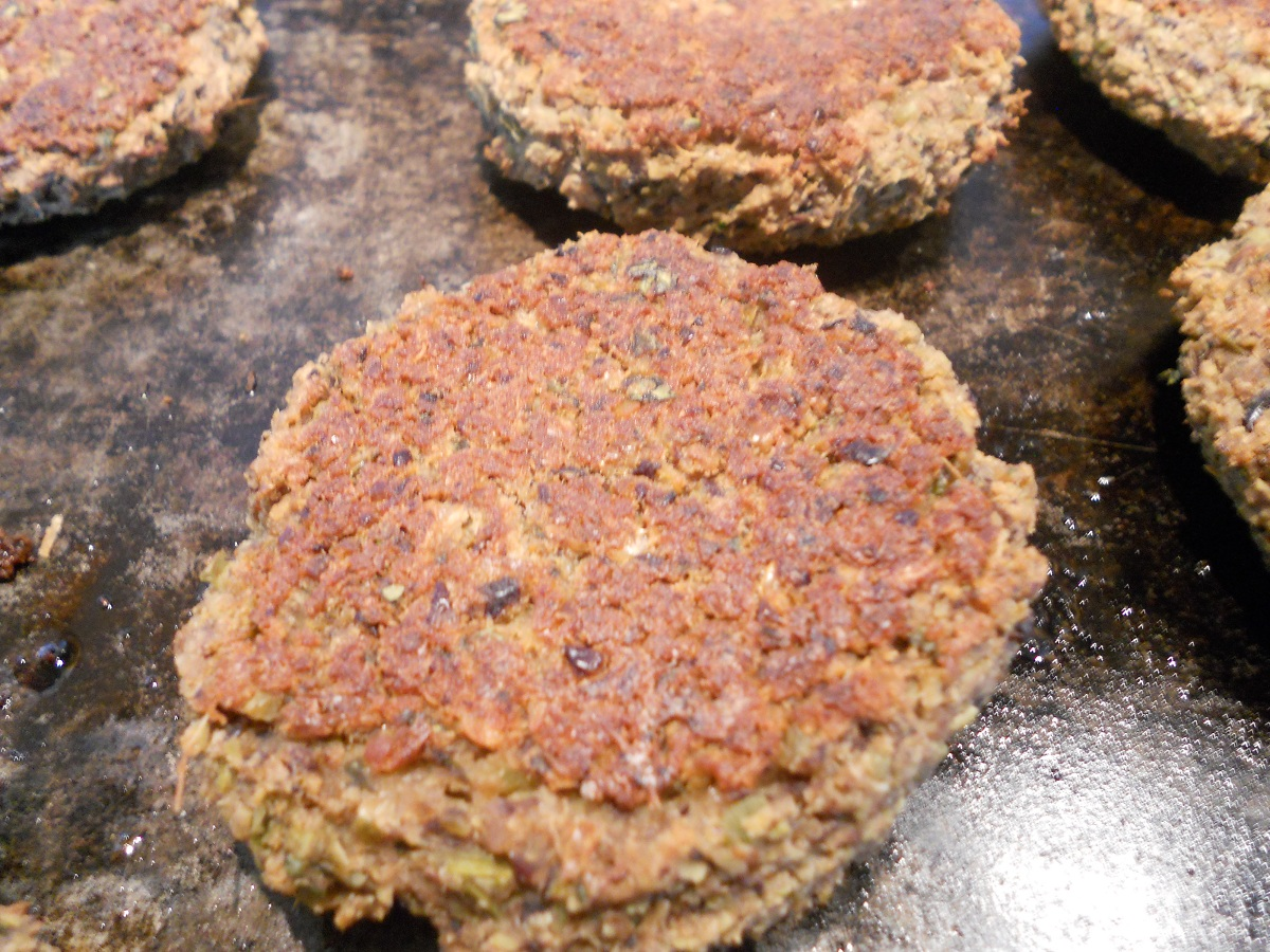 Black Bean Edamame Burgers with Ginger & Lime - Eat Well Enjoy Life ...