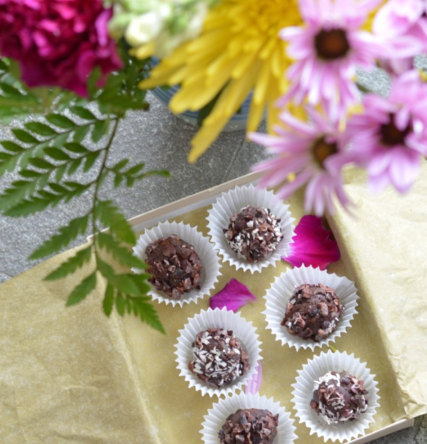 Chocolate Truffles with Flowers