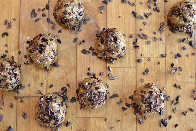Cookie Dough Energy Bites with Cacao Nibs