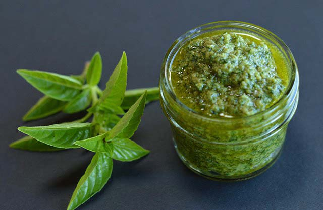 Amazing Vegan Pesto