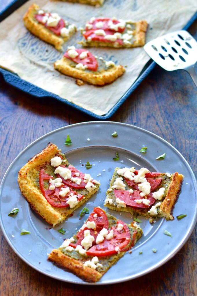 Mediterranean Cauliflower Crust Pizza