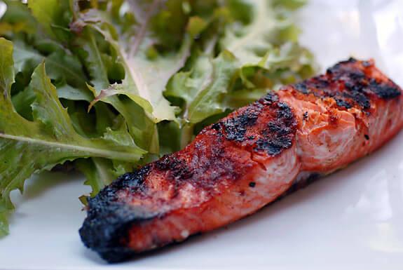 grilled-salmon-paprika