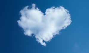 heart in sky pix