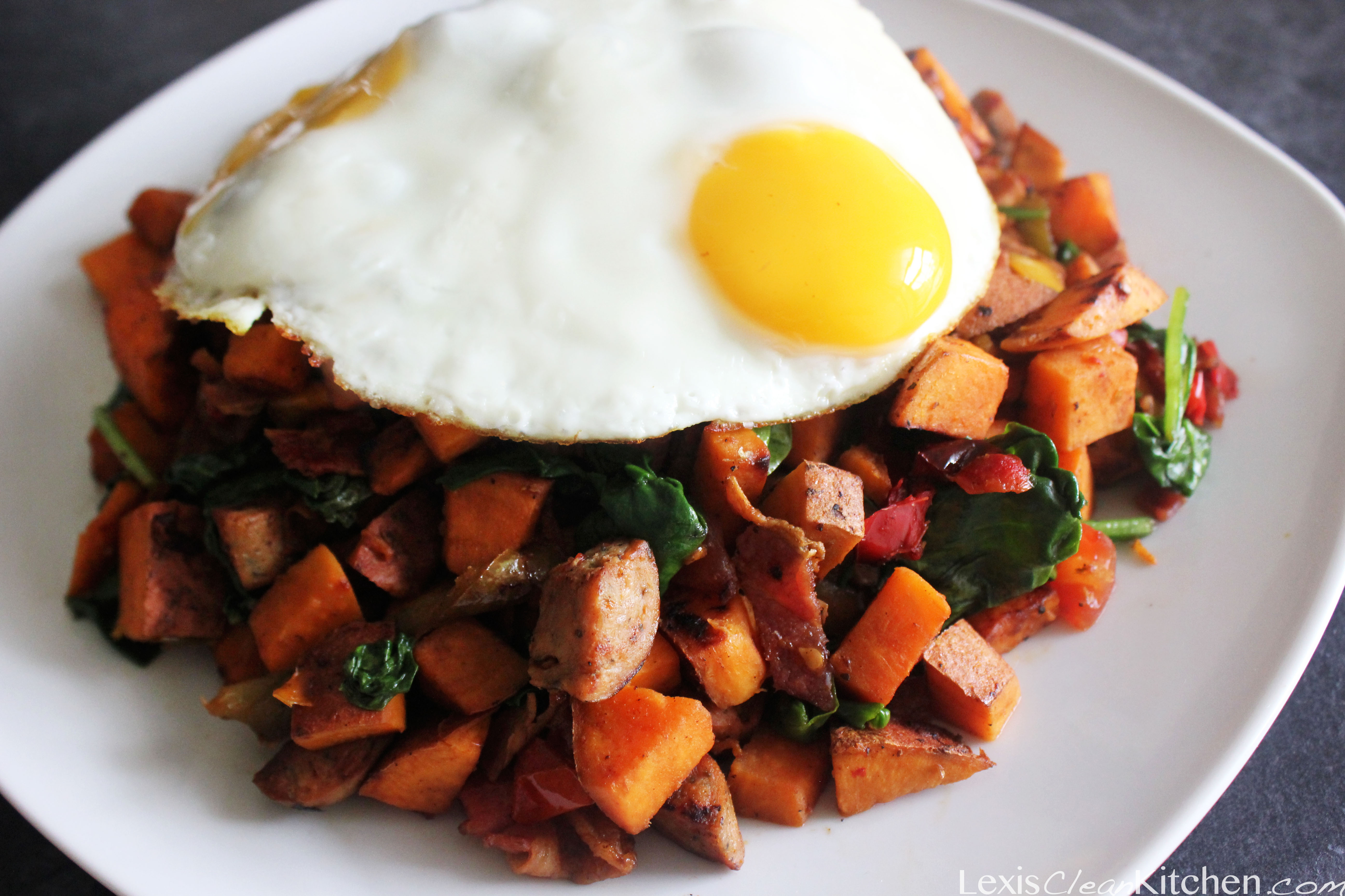 15 Breakfasts To Balance Hormones, Boost Metabolism and Reduce Cravings