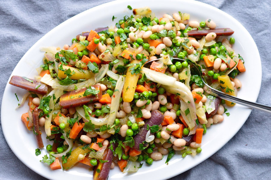 Spring Vegetable Medley with White Beans