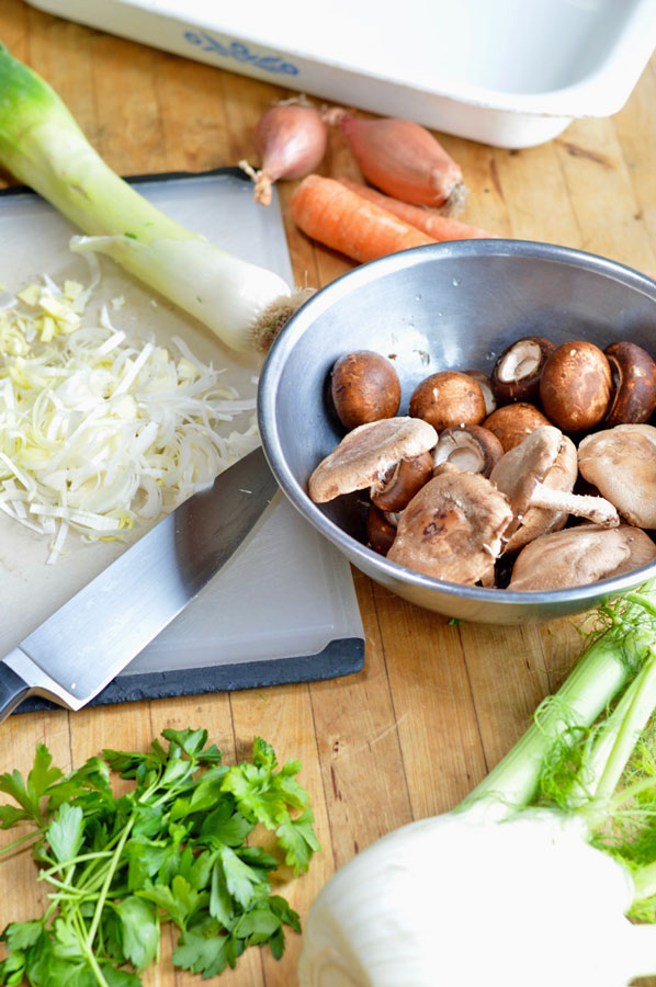 Oil-Free Baked Chicken with Fennel and Mushrooms