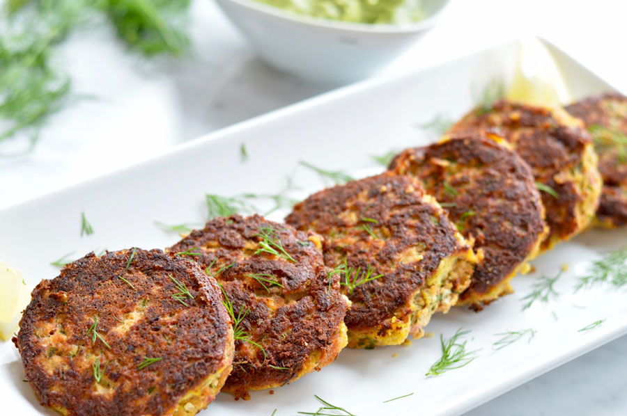Quick and Easy Salmon Cakes