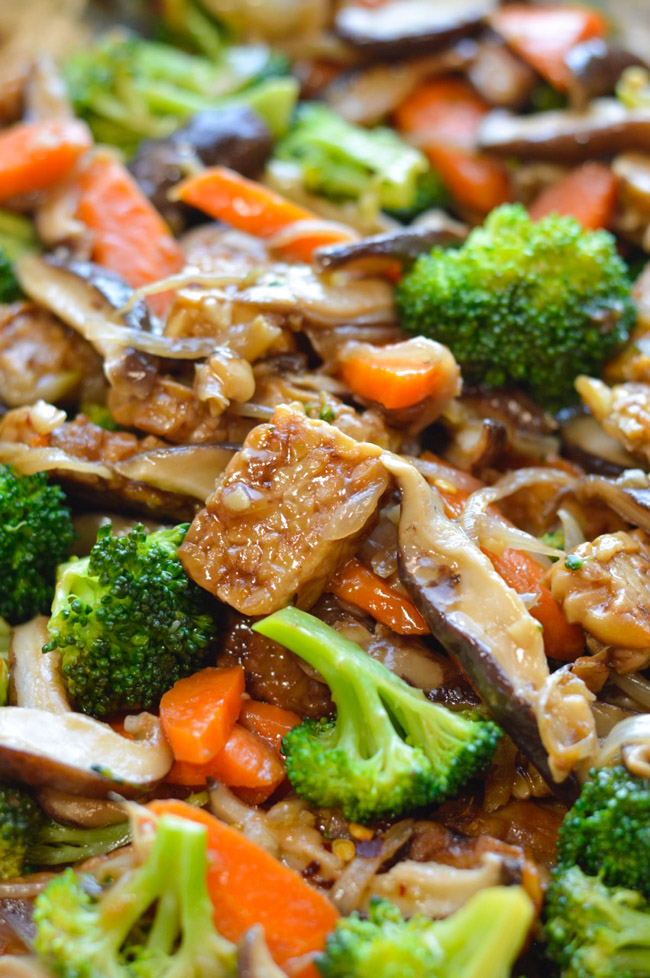 Asian Tempeh with Broccoli and Shiitake Mushrooms close up