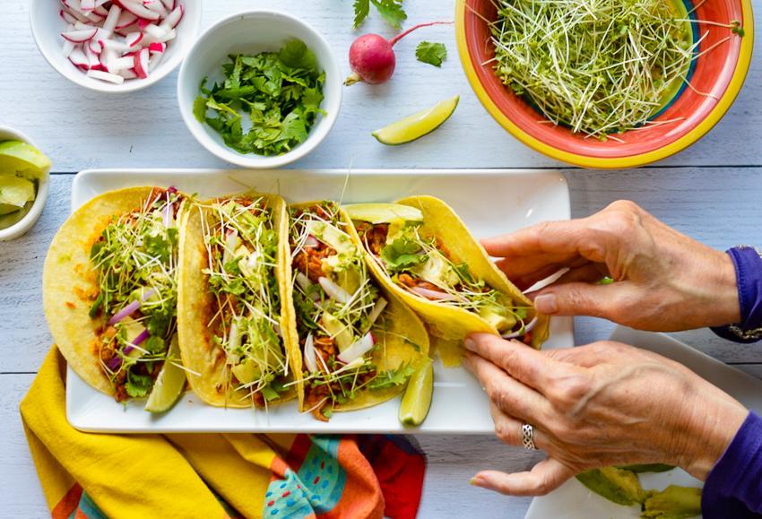 chicken tacos 2 hands