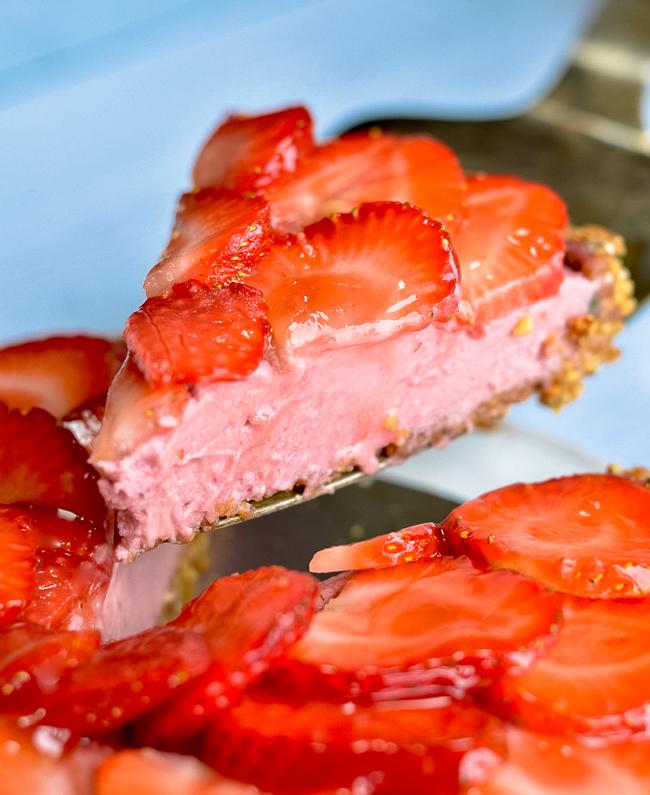 Vegan Strawberry Tart slice