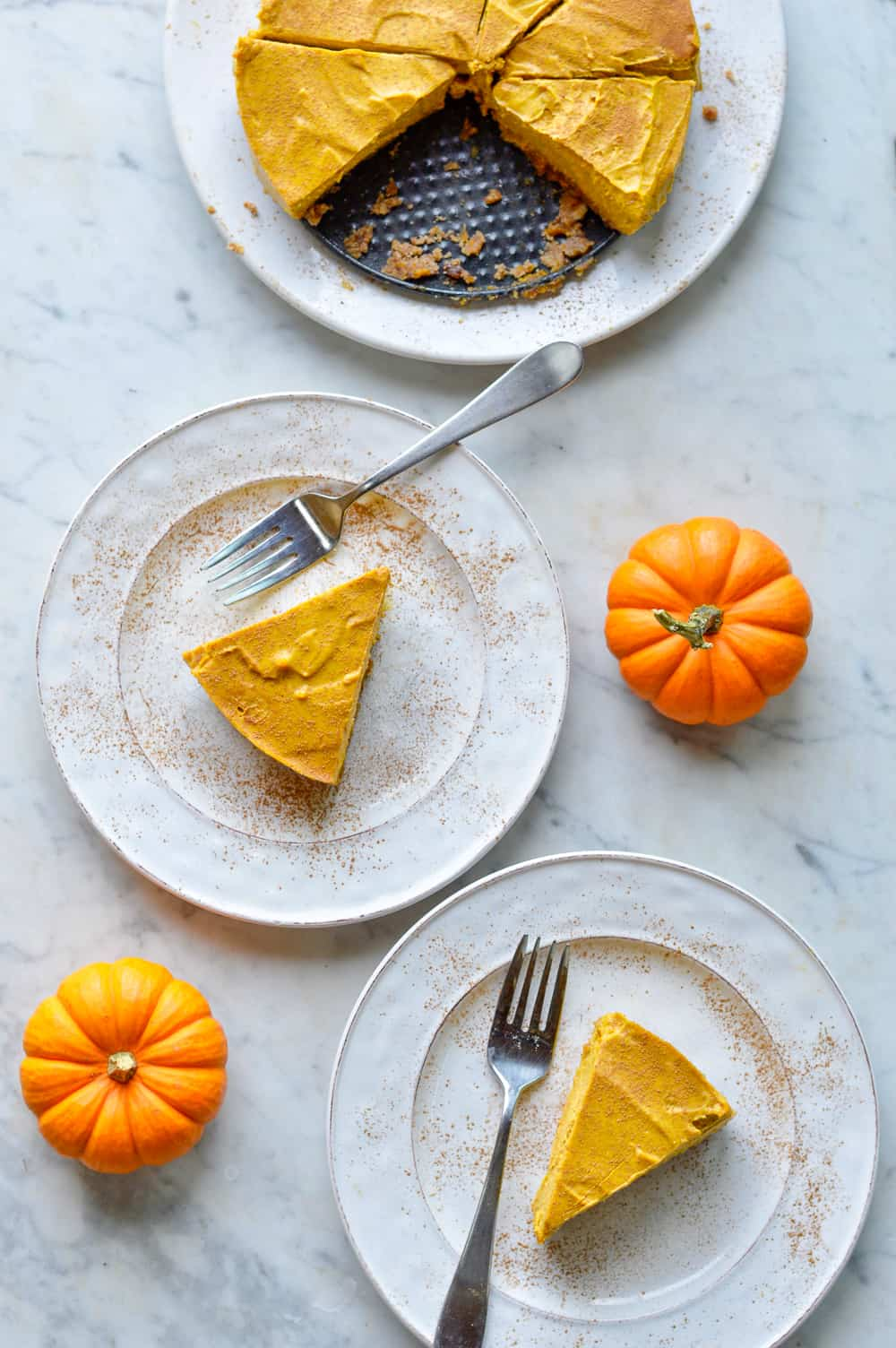 Creamy Paleo Pumpkin Cheesecake over view