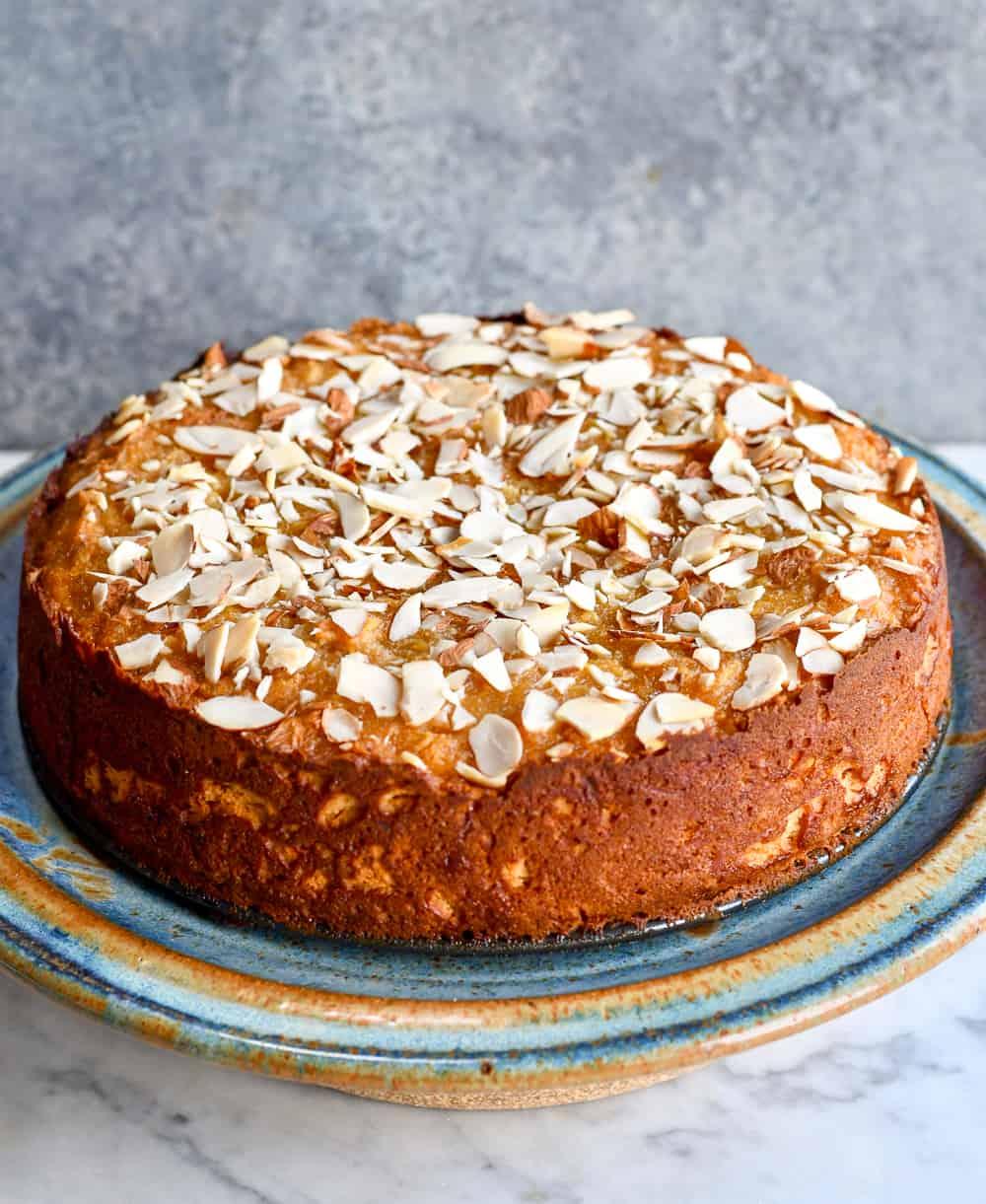 Honey Apple Cake with almond