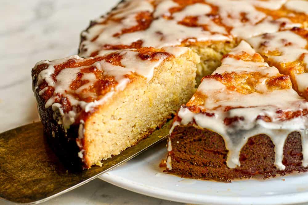 honey apple cake slice