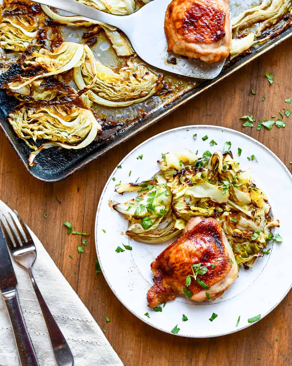 Asian Chicken with crispy cabbage pan and plate