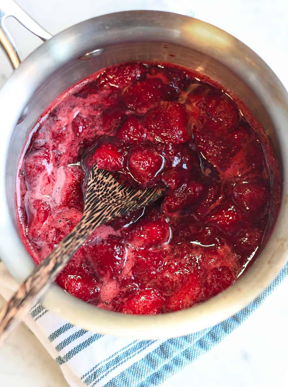 Strawberry Custard Bars strawberry compote